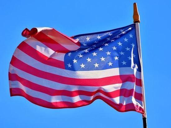 Сенаторы США предложили выслать 300 российских дипломатов