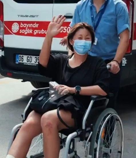 Анита Цой объяснила появление в странной обуви на юбилейном шоу