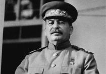 В красноярском министерстве образования прокомментировали празднование Дня учителя под портретом Сталина