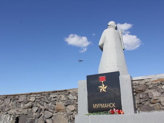 Боевые знамена Красной армии передадут музеям Кольского Заполярья