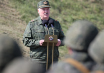 Лукашенко начал командовать в России, как на плацу