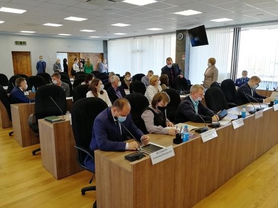 Депутаты выбрали заместителей председателя Петросовета