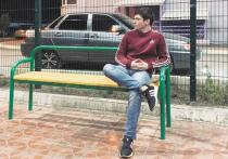 20-летний житель Орска Василий Коченюк, который помог полиции задержать Александра Лазарева, подозреваемого в убийстве трех студенток, сообщил в соцсетях, что лишился постоянного заработка