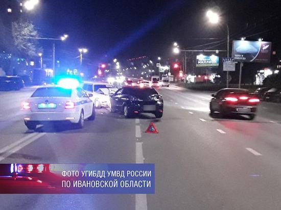 В ДТП, случившемся в Иванове, пострадали сразу пять человек, в том числе маленькая девочка
