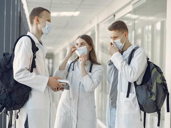 Работа Ивановских поликлиник почти что парализована
