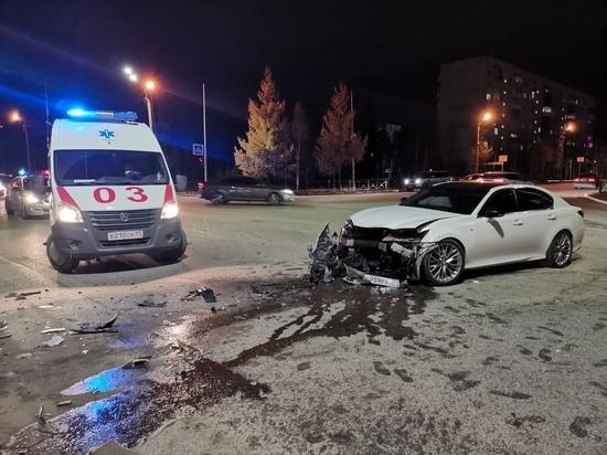 Двое пострадали: Hyundai летел на красный и врезался в Lexus в Ноябрьске