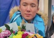 Бронзового призера чемпионата мира по борьбе встретили в Бурятии