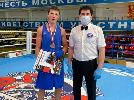 «Бронзу» на всероссийских соревнованиях в Москве взял боксер из Ноябрьска