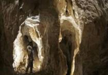 Пещера «Прощальная» находится в районе имени Лазо Хабаровского края примерно в 300 километрах к юго-востоку от Хабаровска