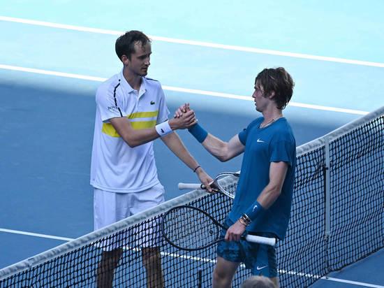 Медведев и Рублев вышли в третий круг турнира в Индиан-Уэллсе