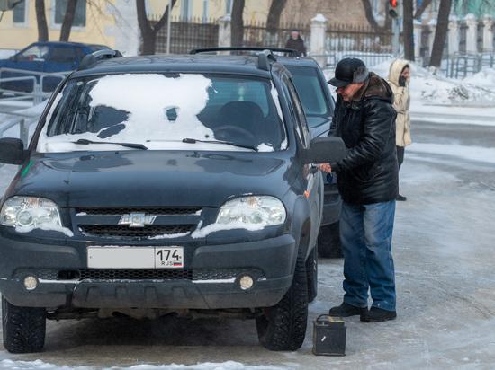 Когда автовладельцам спешить на шиномонтажки, чтобы поменять летнюю резину на зимнюю