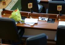 Руководство Законодательного Собрания Карелии и Петрозаводского горсовета сохранилось в руках одной единственной партии, несмотря на предвыборные прогнозы некоторых оппозиционных политиков