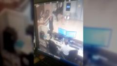 Появились кадры входа Собчак в vip-зал аэропорта Сочи после ДТП