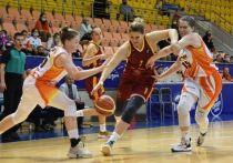 Омский «Нефтяник» стартовал в чемпионате с двух побед