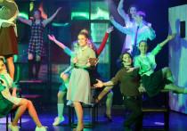 В Тверском театре «Премьер» прошел очередной показ мюзикла «Вам и не снилось»