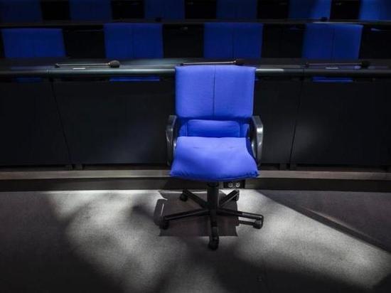 Германия: Как немецкие политики собираются делить министерские кресла