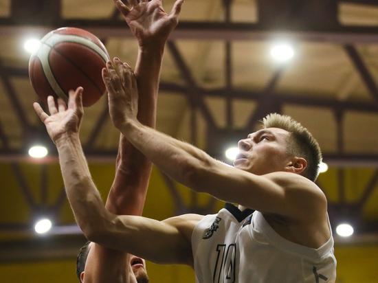 В Челябинске завершилось южноуральское баскетбольное дерби