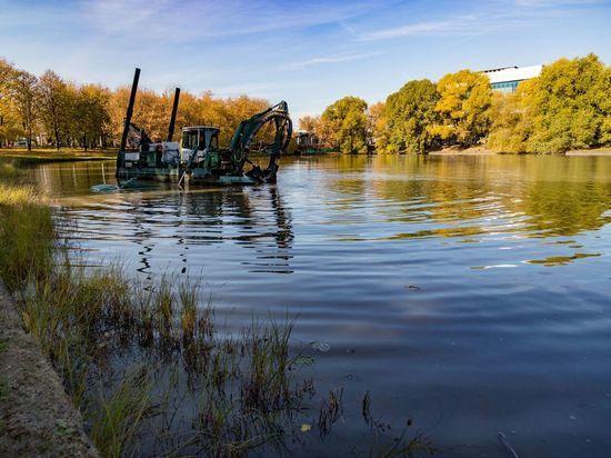 Началась реконструкция пруда Садки в столичном районе Текстильщики