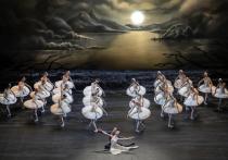 «Если хочешь создать успешный балет, назови его «Лебединым озером», — любил повторять основатель американского балета Джордж Баланчин