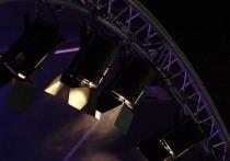 Трагедия в Большом театре, где под спускающуюся декорацию угодил артист миманса, заставила заговорить о технике безопасности и ее соблюдении на сцене