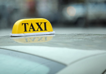 Комтранс Петербурга обсудил с экспертами отрасли закон о такси