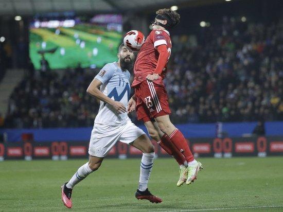 В параллельном матче оступились хорваты, и теперь Россия на первом месте в группе