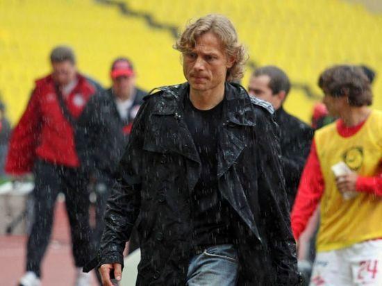 Карпин высказался об игре футболистов сборной России в матче со Словенией