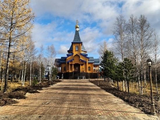 Новый храм достроили в поселке Уренгой