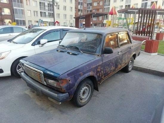 Белгородцам дали пять дней на уборку автохлама из дворов
