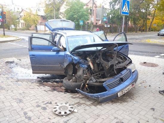 Серьезное ДТП произошло утром в Донецке на улице Щорса: ФОТО
