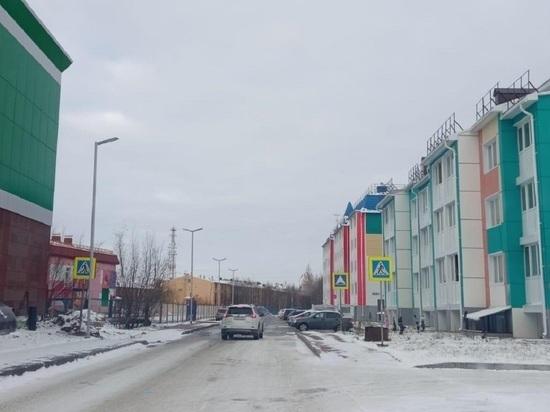 По просьбе жителя города «зебру» обозначили дорожными знаками в микрорайоне Губкинского
