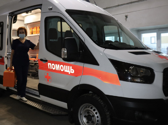 На новой иномарке ездить к пациентам будут бригады скорой помощи в Новом Уренгое