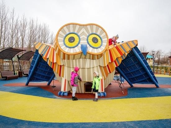 Детскую площадку с метровой совой открыли в Салехарде
