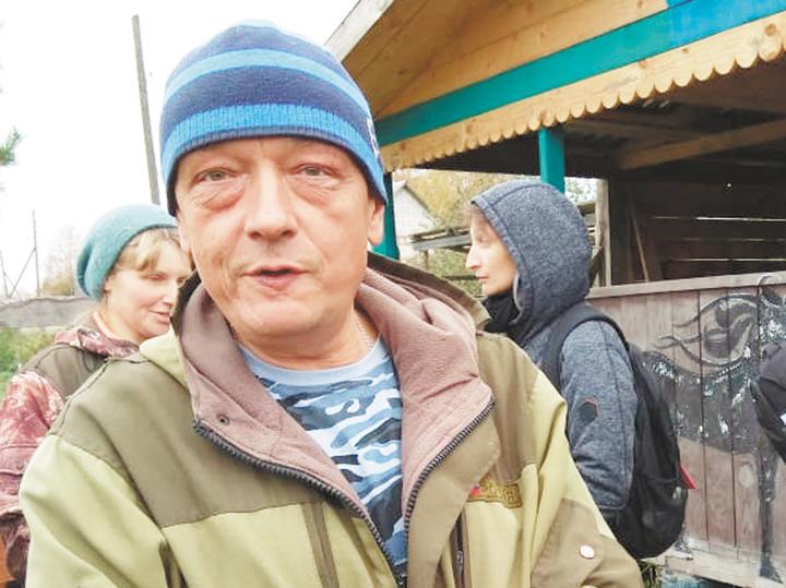 """Приключения волонтеров на ферме: """"Для животноводства слишком жалостливая"""""""