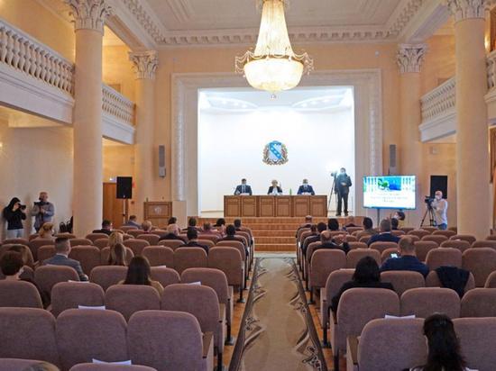 Шесть депутатов Курского горсобрания досрочно сложили свои полномочия