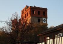Самое мистическое и таинственное место Хабаровска - башня Инфиделя - особенно прекрасно в лучах заката