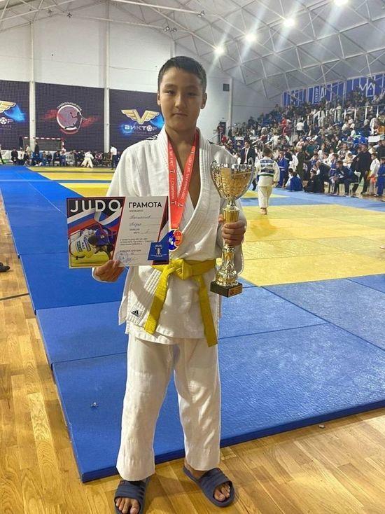 Калмыцкий юный дзюдоист Тугульчиев привез яркую победу большого турнира