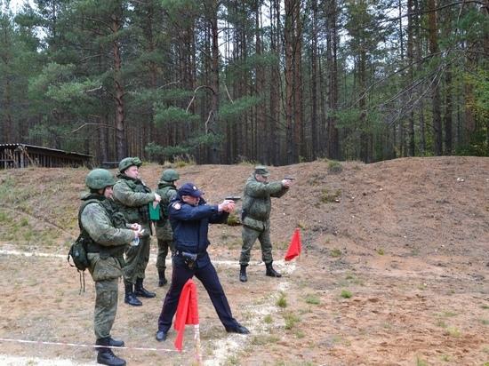 Окуловские полицейские отличились на межведомственном турнире по стрельбе