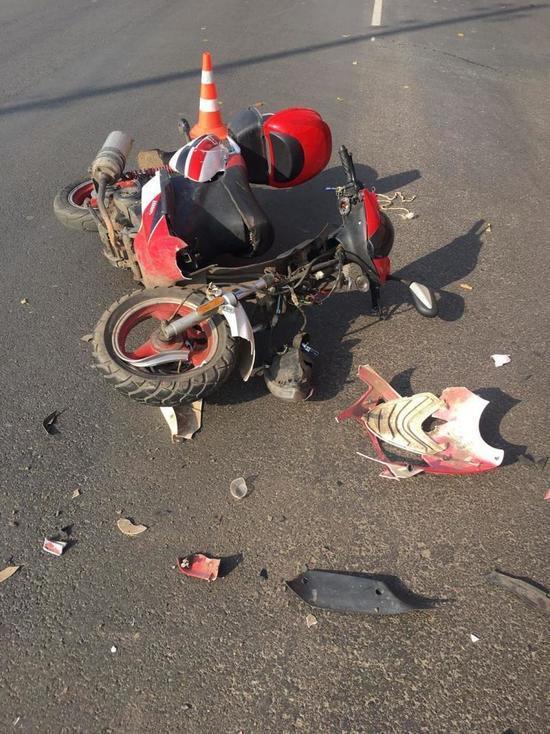 В ДТП на Лаврова в Мичуринске пострадал водитель скутера