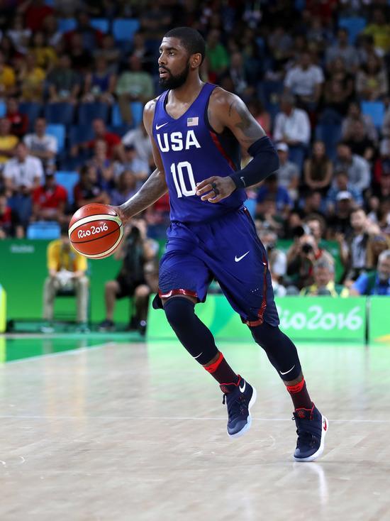 Игрок НБА Ирвинг отказался вакцинироваться в знак протеста
