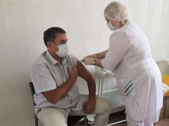Без прививки будут отстранять от работы и не пускать в определенные места