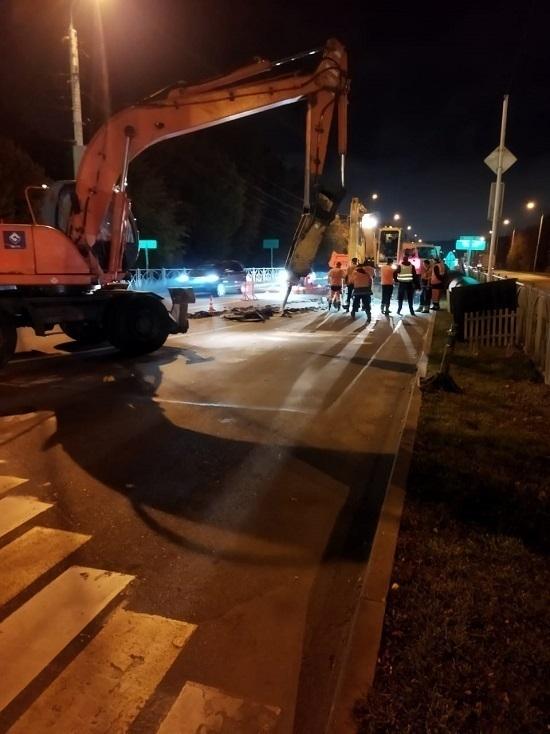 Ночного ремонта водопровода в центре Ставрополя оказалось недостаточно