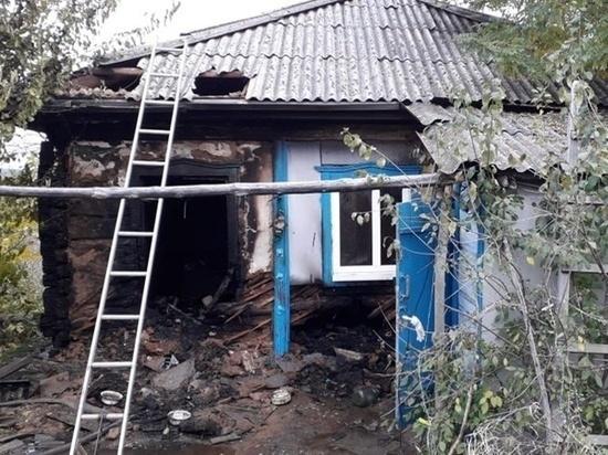 Пенсионер погиб при пожаре в частном доме в Ростовской области