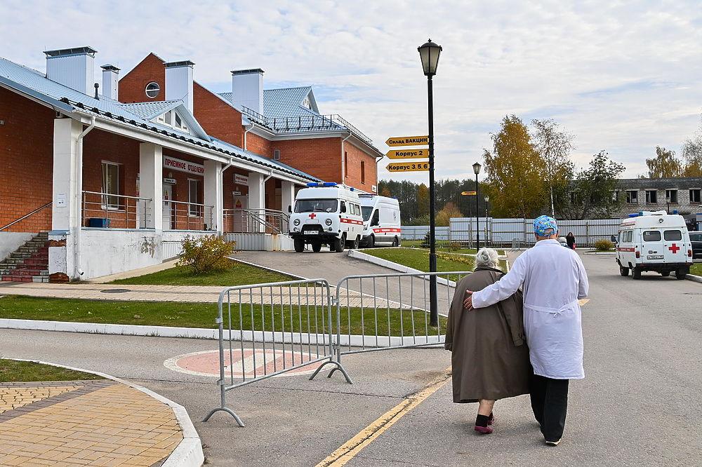 Первых больных принимает covid-госпиталь в Калуге
