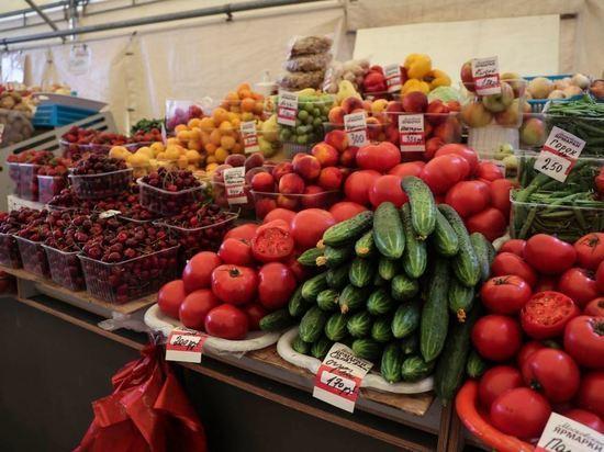 В России подорожали огурцы, помидоры и картофель