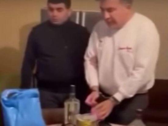 Саакашвили перед задержанием съел лишь один хинкали
