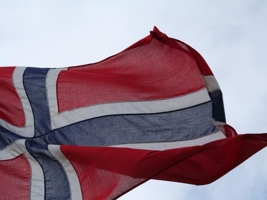 """""""Многие боятся"""": премьер Норвегии прокомментировала смертельное нападение с луком"""