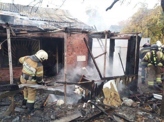 На территории СНТ «Курск» пожары уничтожили два дачных дома