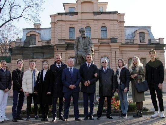 Все семеро студентов ведущего спортивного вуза страны вернутся в Новосибирск