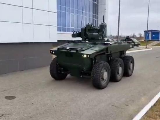 Рогозин опубликовал видео с роботом-охранником космодрома Восточный